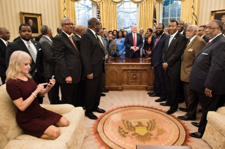 28-kellyanne-conway-sitting-oval-office-w710-h473