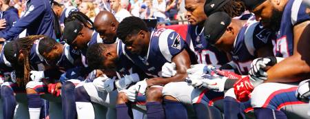 Patriots-Kneeling-Getty-1300x500
